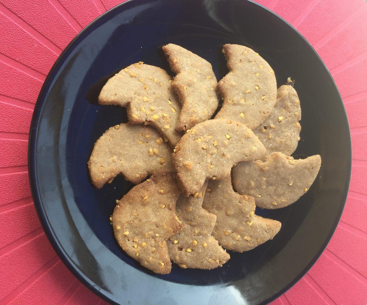 biscotti un'impasto due colori e tanta fantasia