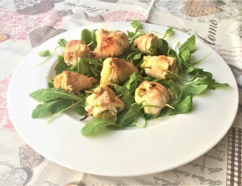 Sfiziosi involtini di pollo con le zucchine
