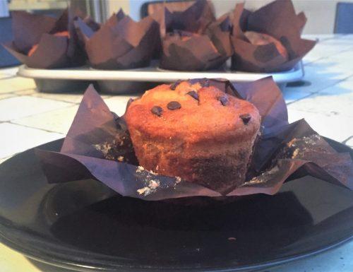 Banana muffin con gocce di cioccolato