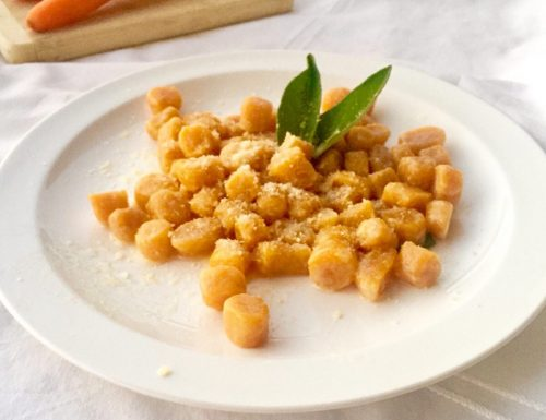 Giovedì gnocchi!…Oggi di carote e senza patate!