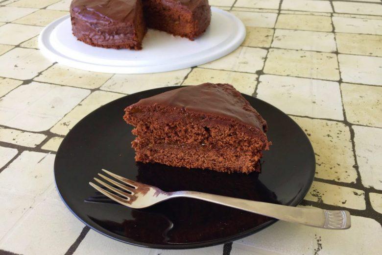TORTA SACHER – La ricetta per prepararla a casa.
