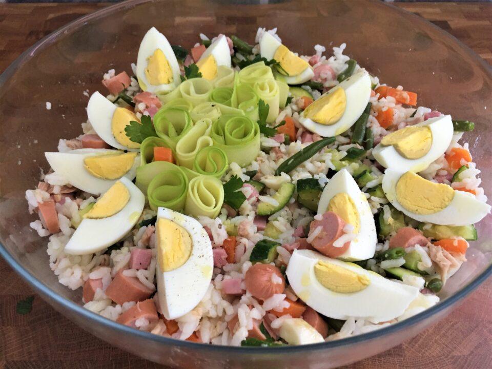 insalata riso fresca colorata
