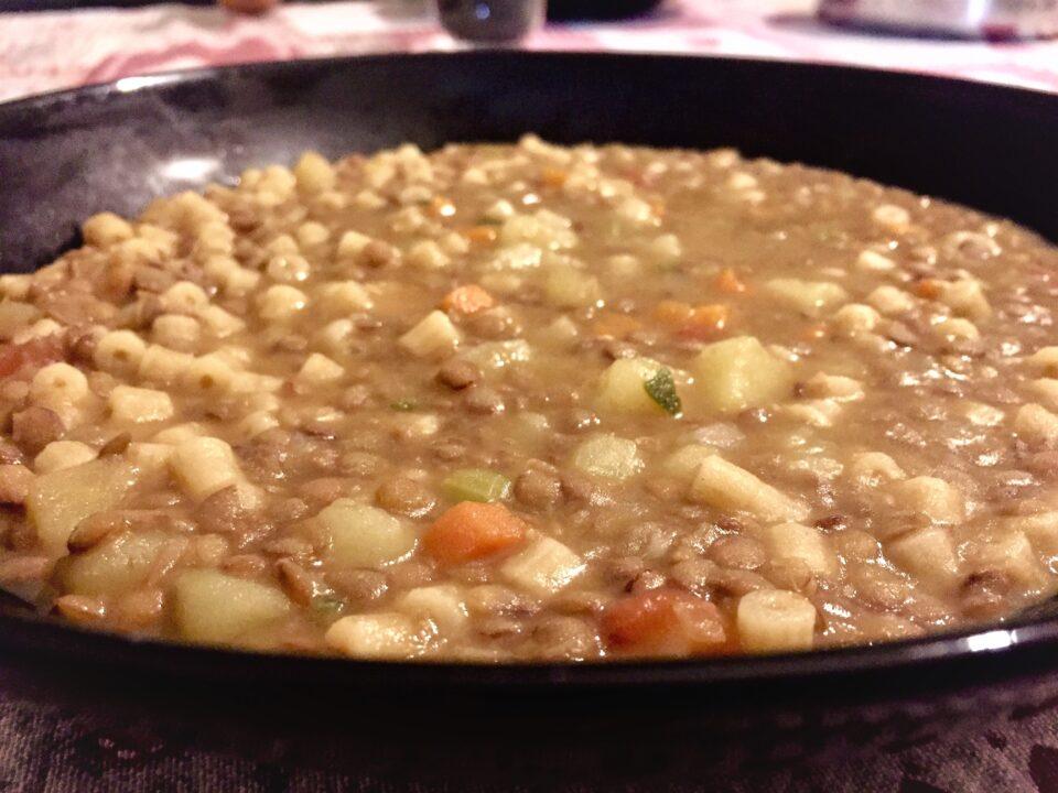 pasta patate lenticchie cremosa