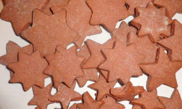 Stelle burrose con cannella e cioccolato
