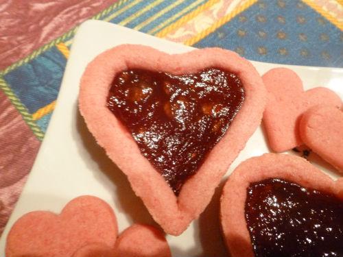 Crostatina rosa con marmellata di fragole 2