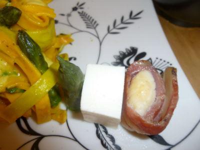 Tagliatelle,zafferano,asparagi, cappesante, mozzarella di bufala