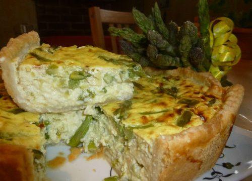 Torta di asparagi e tofu, ricetta vegan