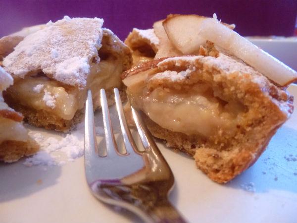 Crostatina eco con bucce di pera cereali e crema alla vaniglia 3