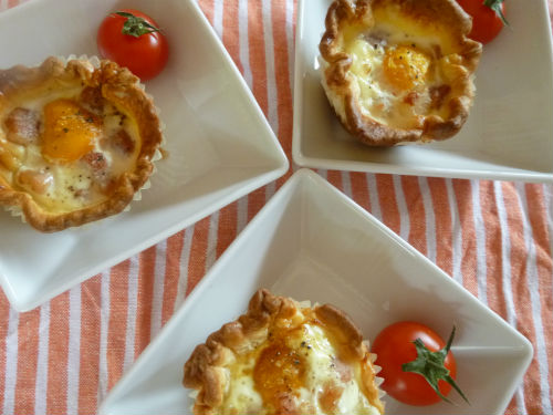 Eggs and bacon cupcakes