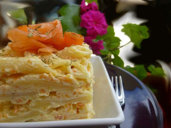Timballo di penne al salmone con carote e Cognac