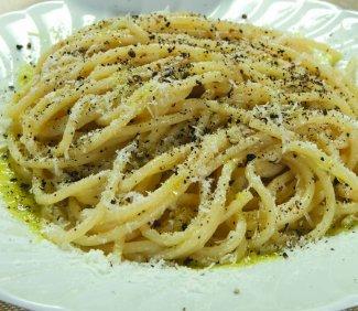 spaghetti, cacio, pepe