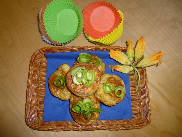 Mini cakes di zucchine basilico e fiori 2