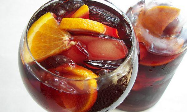 Vino e frutta: abbinamento non impossibile