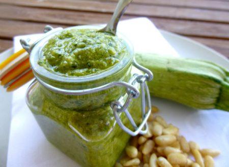 Pesto di zucchine | Ricetta facile e veloce