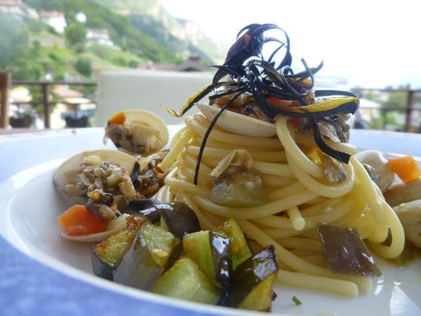 Spaghetti, vongole, melanzane