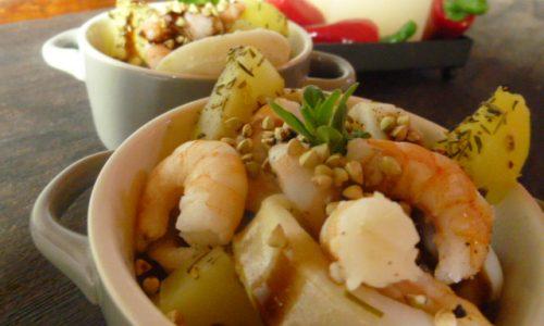 Cocotte di gamberi, patate e totani al balsamico e grano saraceno