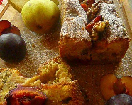Torta rustica con pere alla cannella, susine nere e noci