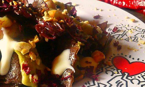 Pappardelle al cacao con radicchio stufato al vino, fonduta di Parmigiano, crema di gambi di carciofi e anacardi