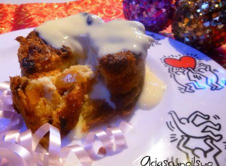 Charlotte di Panettone, ricotta, pere caramellate e vaniglia