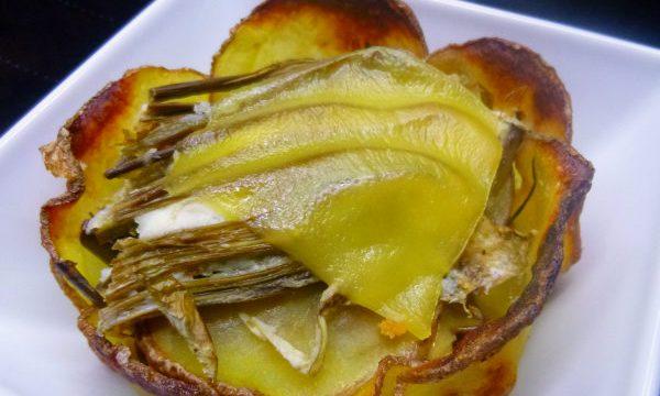 Cestino di patate con crema di gambi di carciofi e Fontina