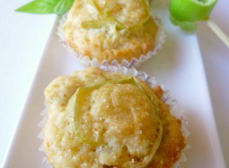 Mini muffin vegan con bucce di mela verde e basilico