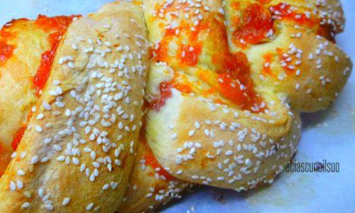 Treccia di pan brioche veg con marmellata di arancia e zucca