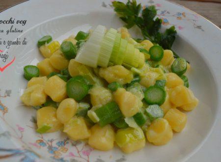Gnocchi light con porri e gambi di asparagi, ricetta vegan