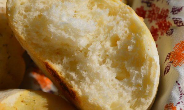 Pane semplice con farina di riso