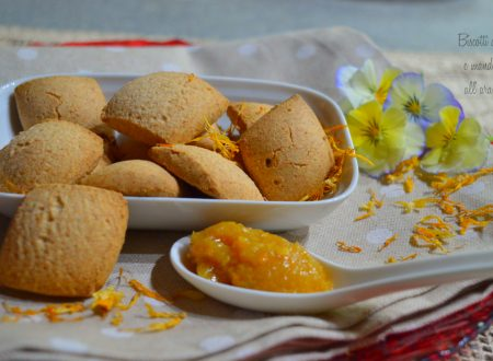 Biscotti di ceci e mandorle all'arancia