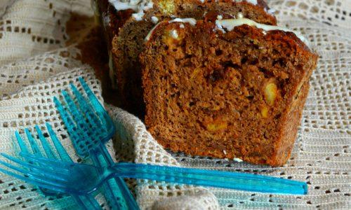 Plumcake antispreco di pane raffermo, amaretti e cioccolato