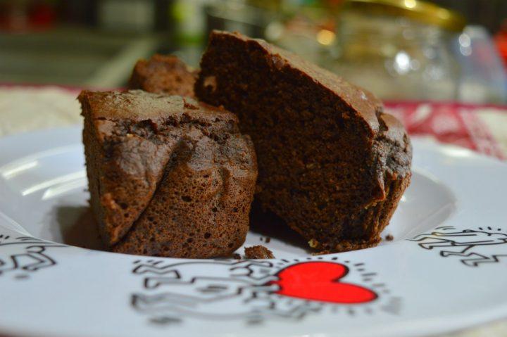 Torta di carrube e mandorle, ricetta senza zucchero