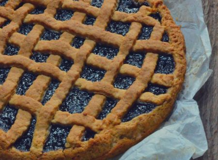 Crostata all'acqua con marmellata estiva di more di gelso