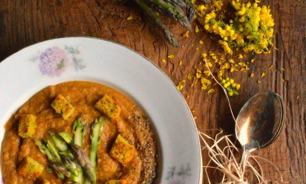 Crema di carote novelle (con la buccia) e gambi di asparagi