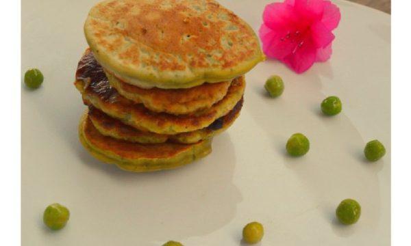 Blinis di piselli e foglie di sedano | Ricetta vegan e gluten free