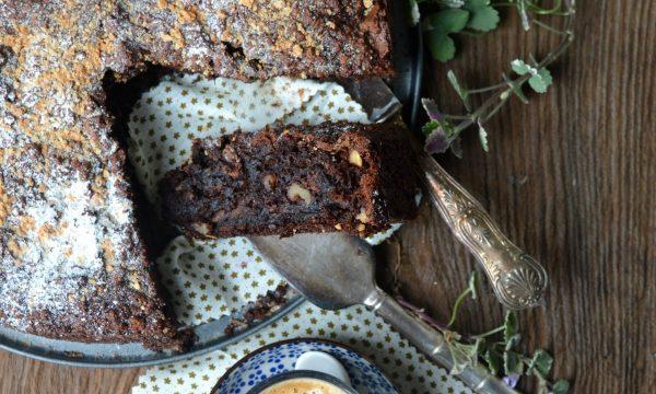 Torta povera di pane senza lievito e senza farina | Ricetta di famiglia da 150 anni