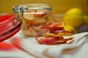 Chips di mela, merenda light per bambini