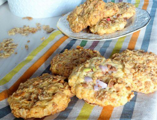 Biscotti con cereali cornflakes e smarties