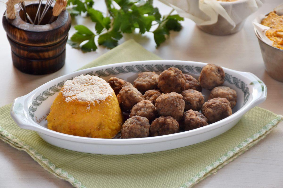 sformatini di carote con polpettine di carne