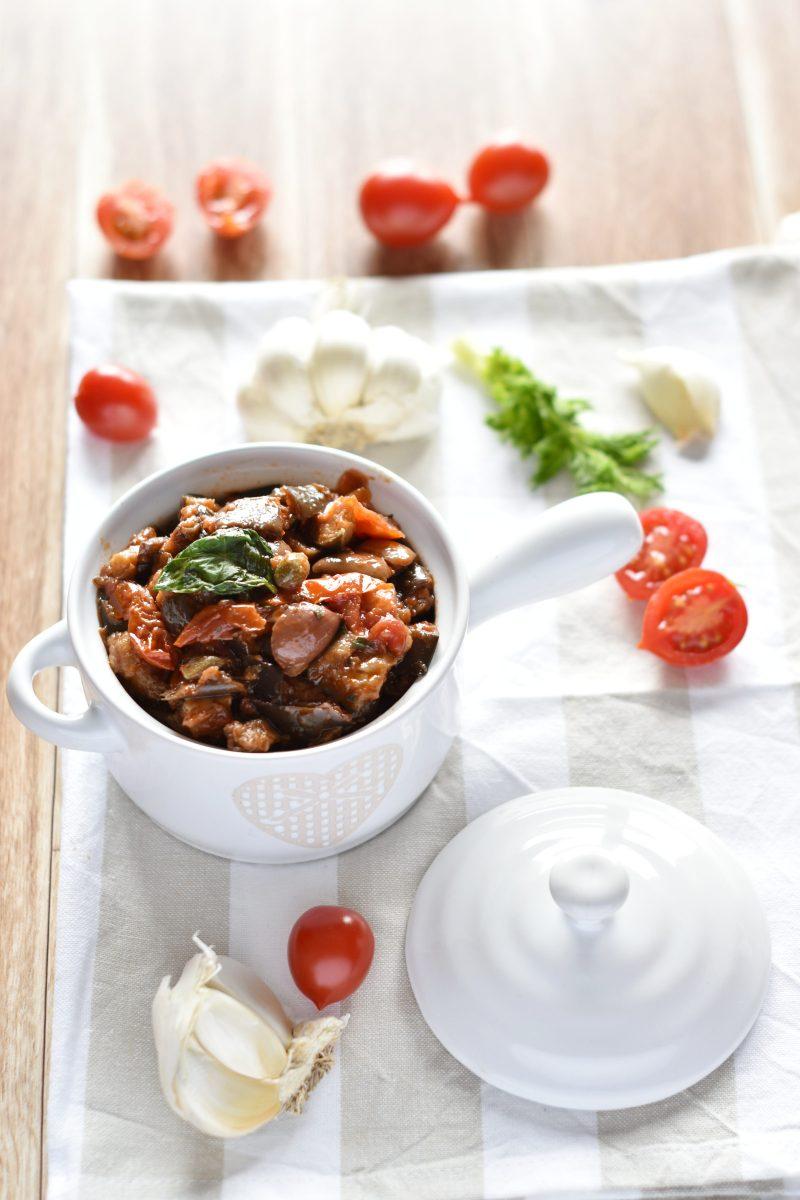 melanzane a funghetto con olive e capperi vert.1