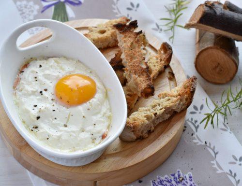 Uova in cocotte al salmone con pane tostato