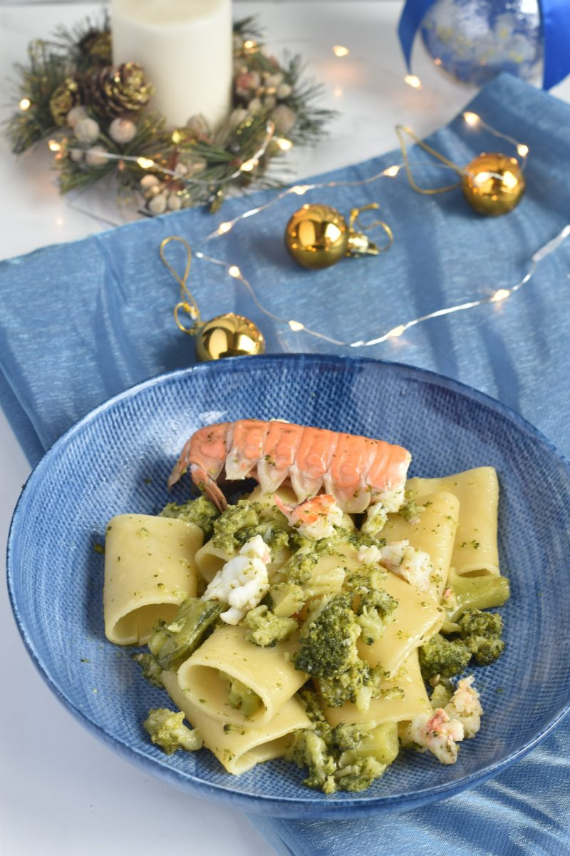 paccheri mare e monti con scampi e broccoli