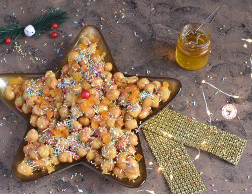 Struffoli napoletani dolce di Natale ricetta facile e veloce