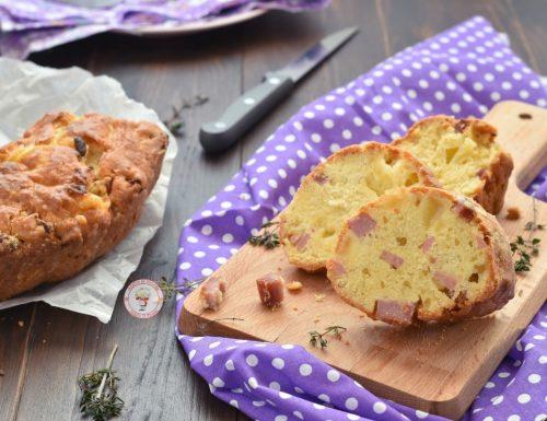 Ciambella rustica senza lievitazione con formaggio e prosciutto