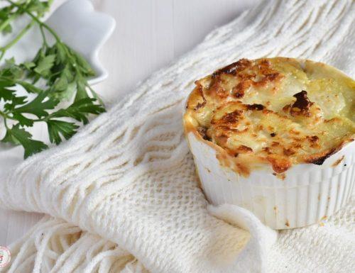 Millefoglie o tortino di patate funghi e speck