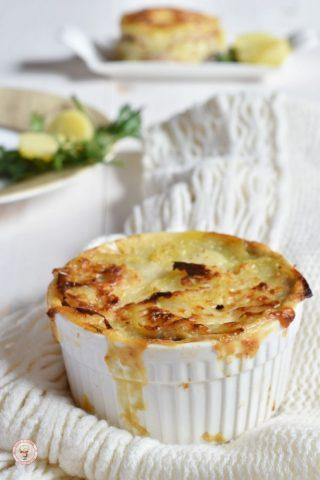 Millefoglie o tortino con patate funghi e speck (1)