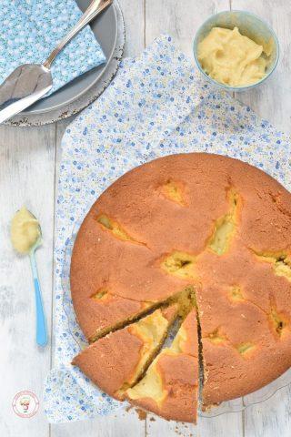 torta nua soffice con crema pasticcera
