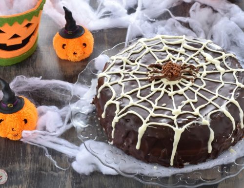 Torta Halloween ragnatela facilissima