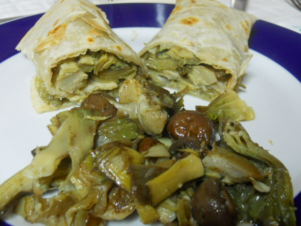 Piadina carciofi e funghi, ricetta velocissima