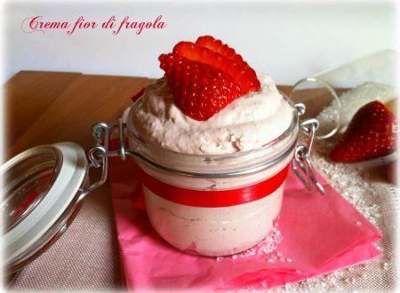Crema fior di fragola,ricetta dolce
