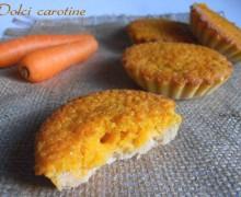 Dolci carotine, crostatine di crema e carote